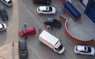 Эвакуация автомобиля со двора на штрафстоянку